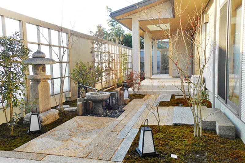 現代の住宅にもマッチする和庭